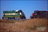 CN 102 & SSW 8077 - Tehama - October 21, 1995